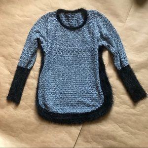 Sweaters - Contrast sweater